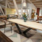 Großer Esstisch aus Massivholz - genau nach Ihren individuellen Bedürfnissen